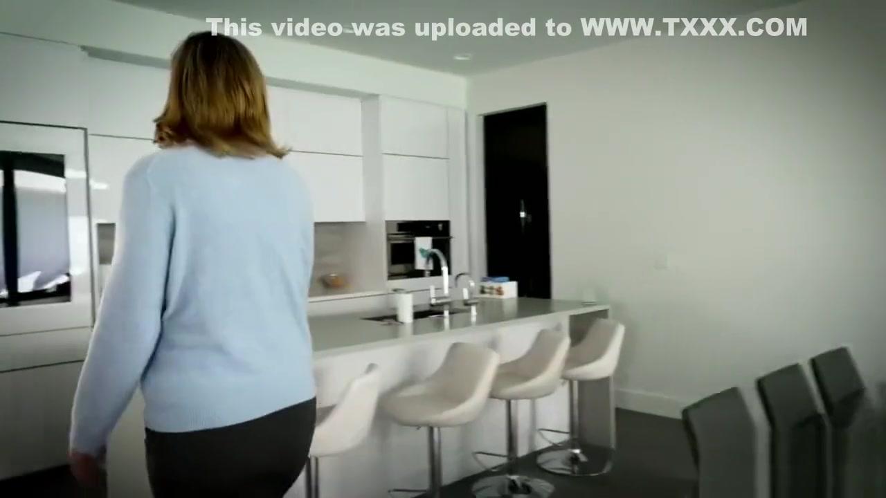 Porn Base Shower sex videos jessi summers