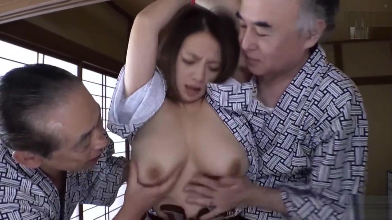 Nude Sexy Secretary Nude 18+