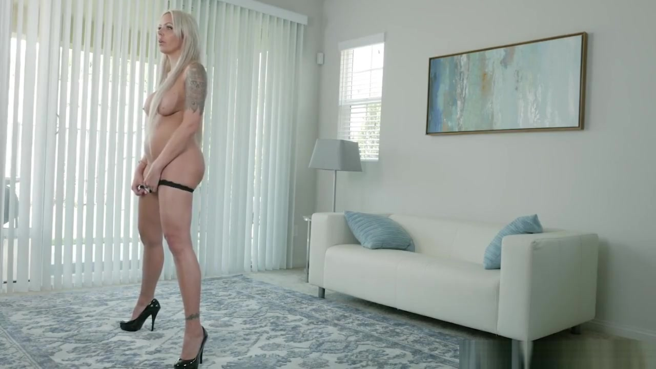 18+ Galleries Highheeled lezzies fisting each others pussy