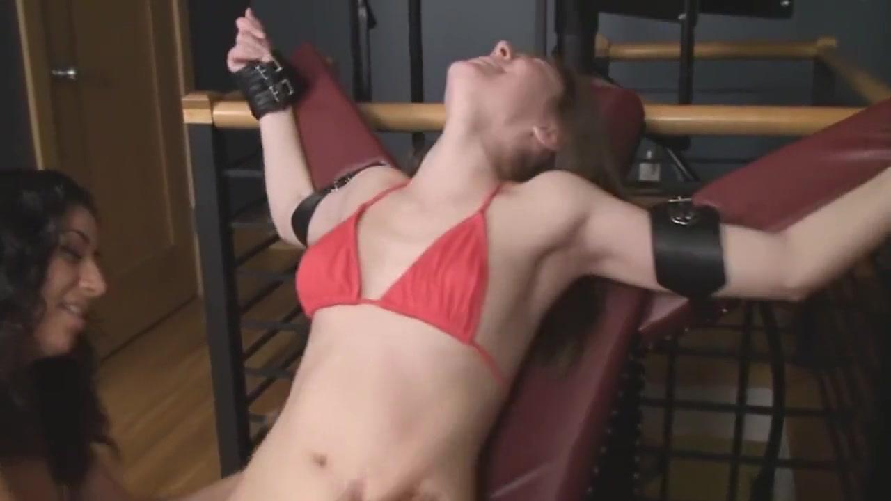 Twing lesben girls masturbated