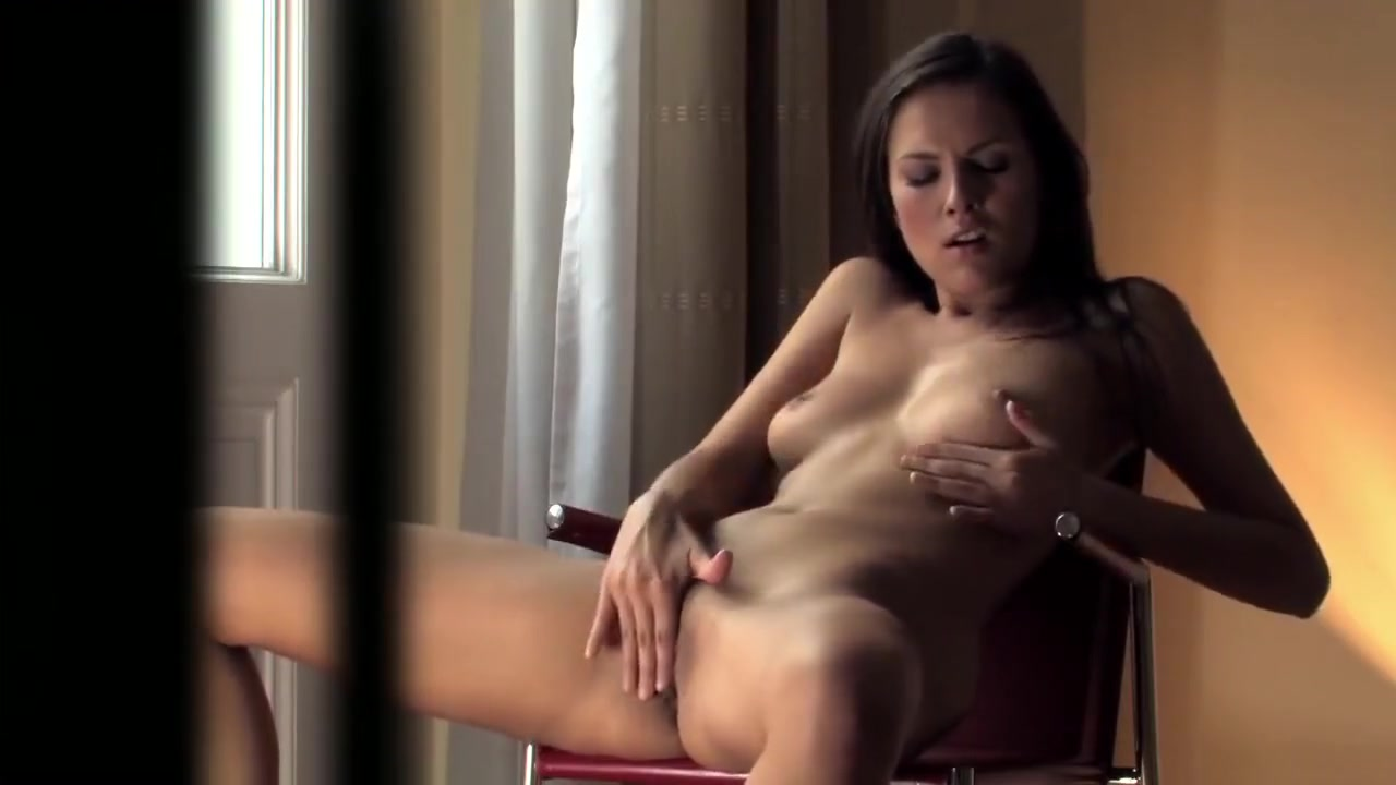 Naked Porn tube Jamie Lee Curtis Trading Places Nude
