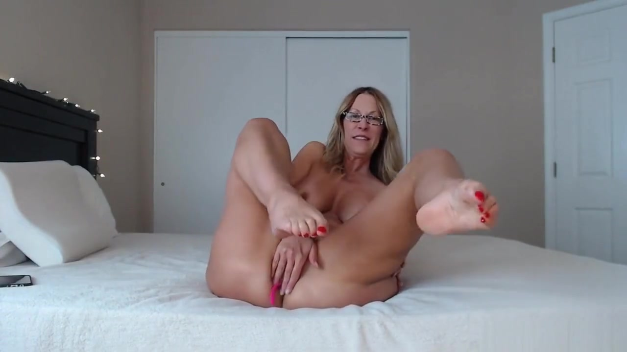Old woman pussy Porn clips