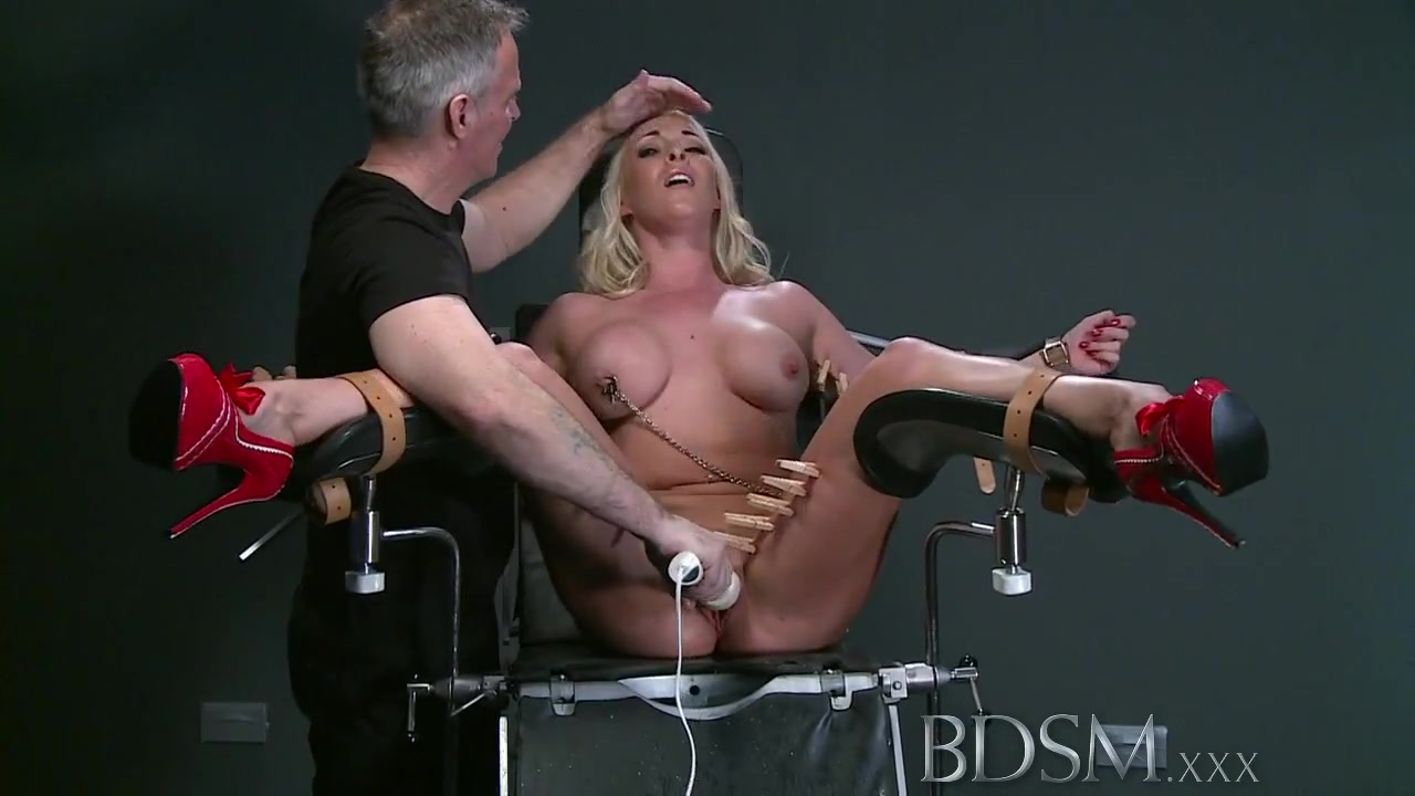 BDSM XXX Mouthy submissives get lesson before squirting mature free porn gallery