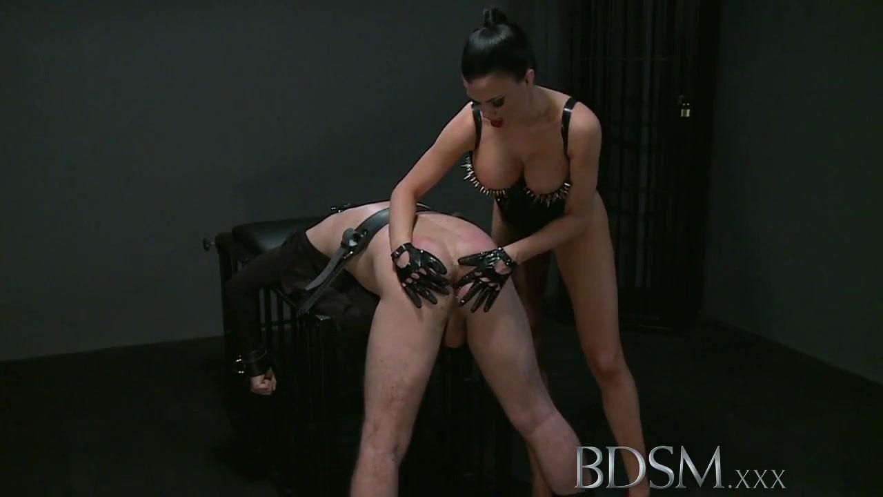 Porn galleries Swinger boat video