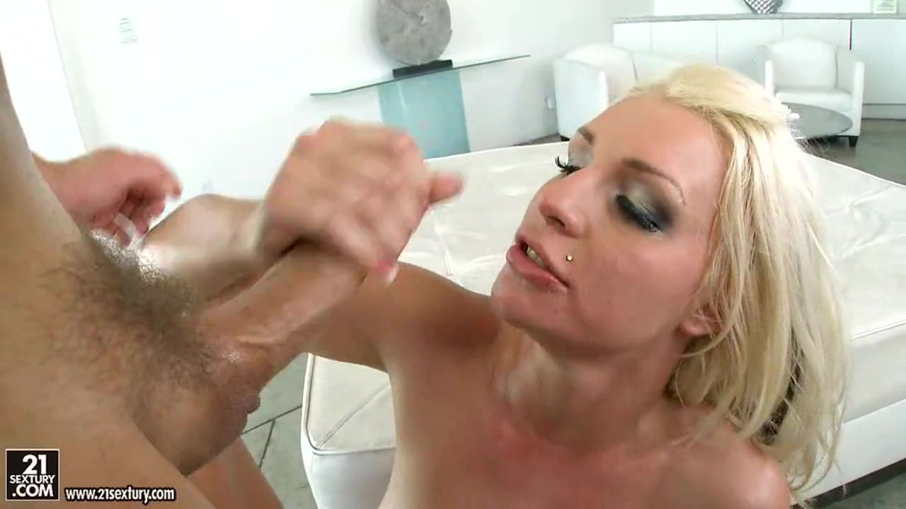 Cock ring measurement xXx Videos