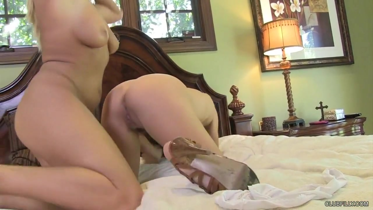 Anjalina jolie fucked nude Naked FuckBook