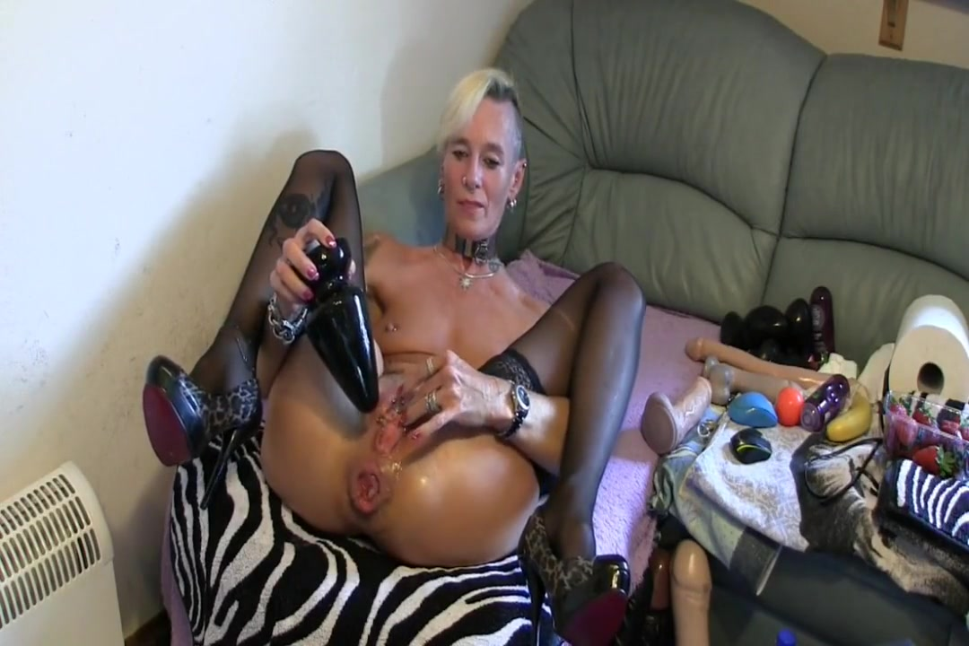 Nervous french mature needs some relaxation Sexy xXx Base pix