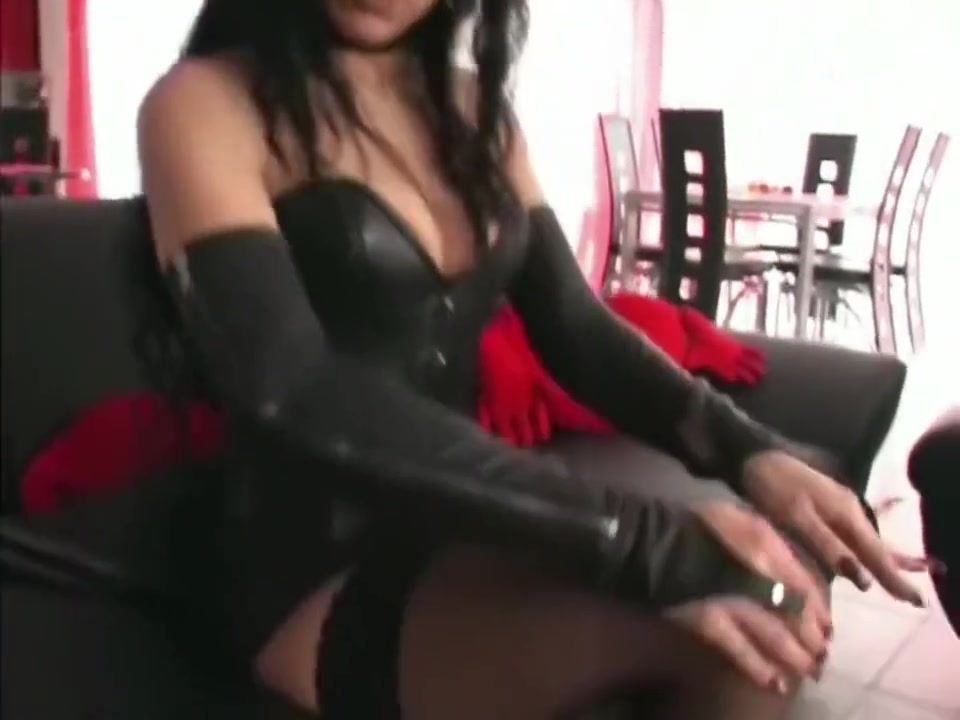 Hot Nude Sexy goth girl porn