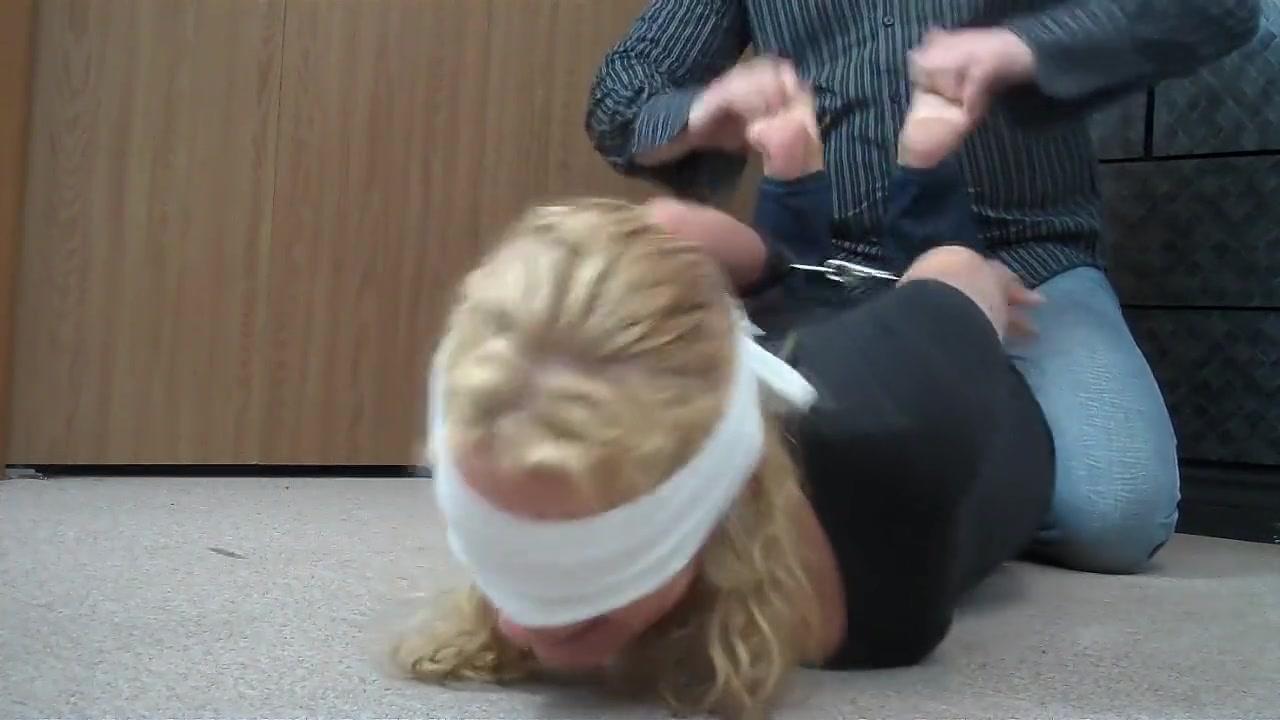 xXx Videos Lesbian Sucking Pussy Videos