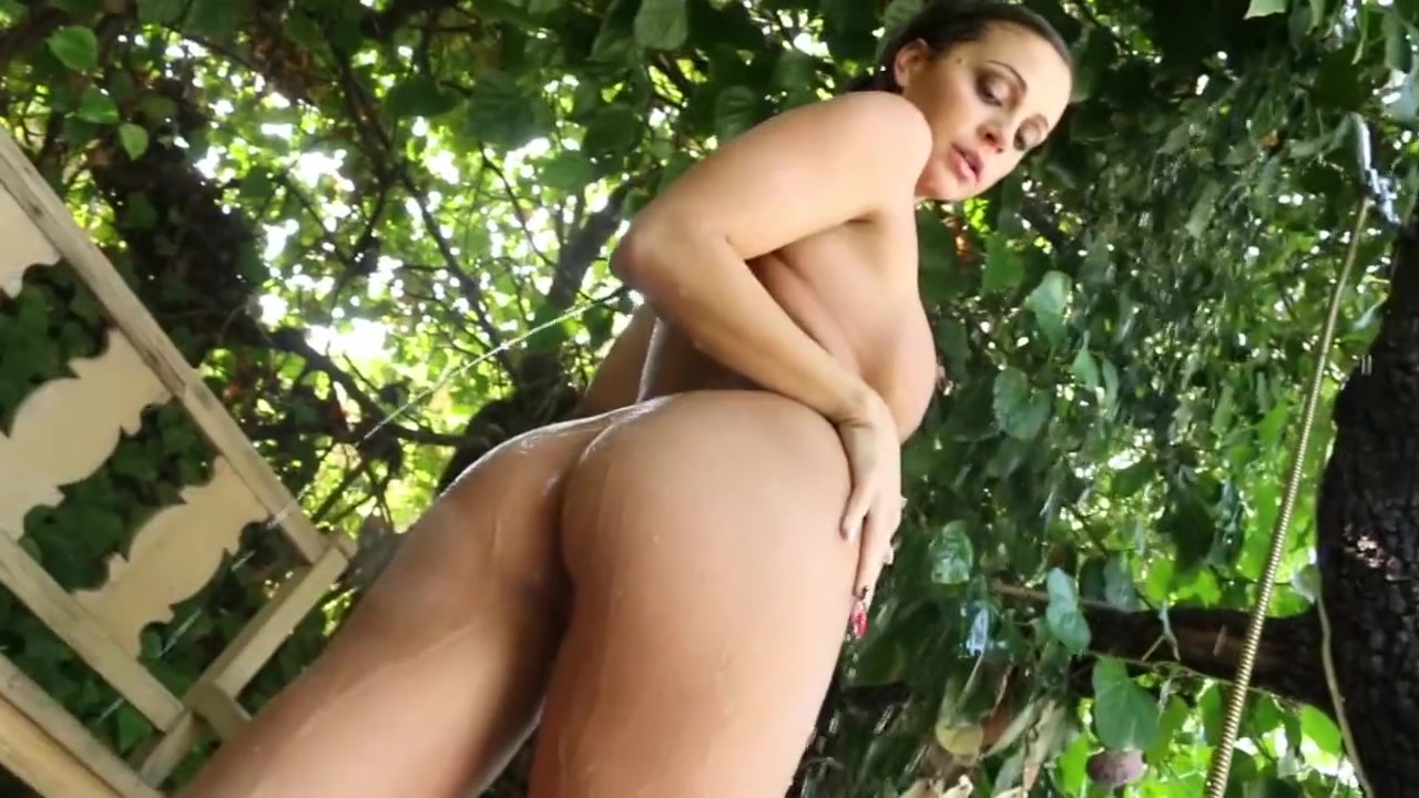 Abigail Mac Naked and Showering Outdoors