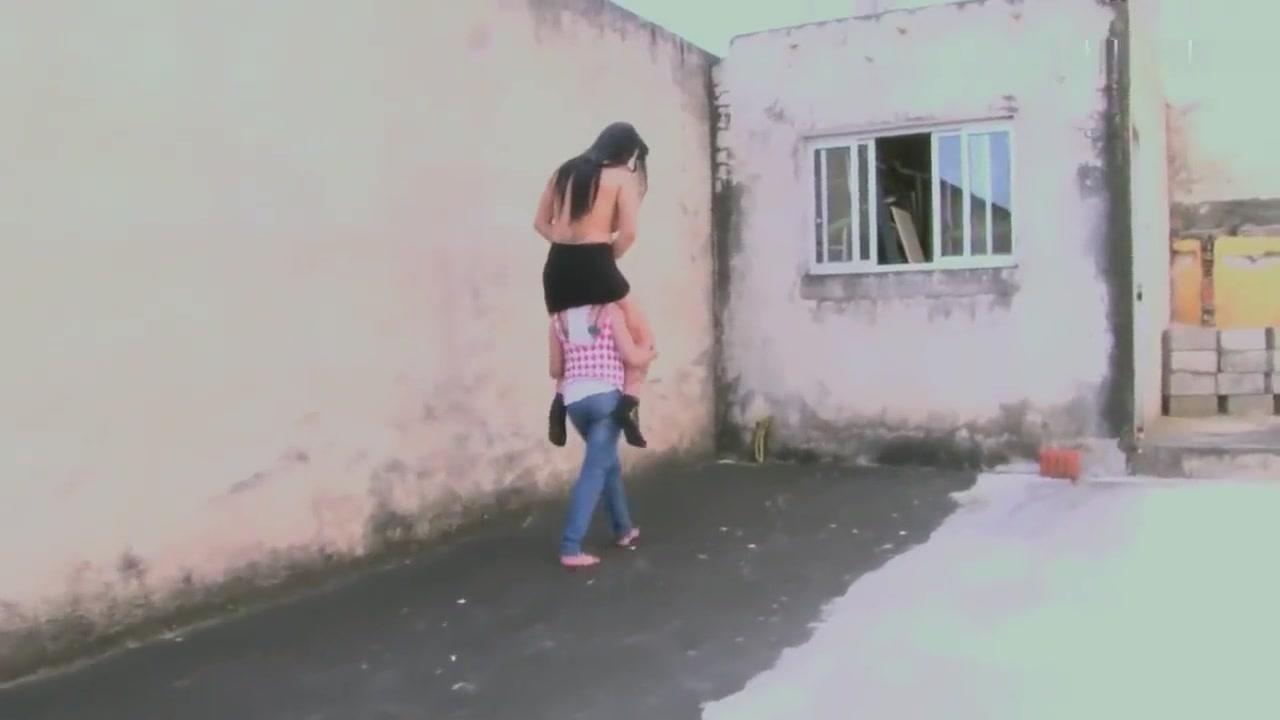 Porn clips Tinder plus billing
