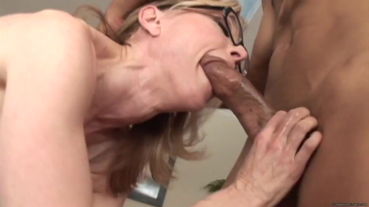 Hot Nude Ebony Big Boot Ass