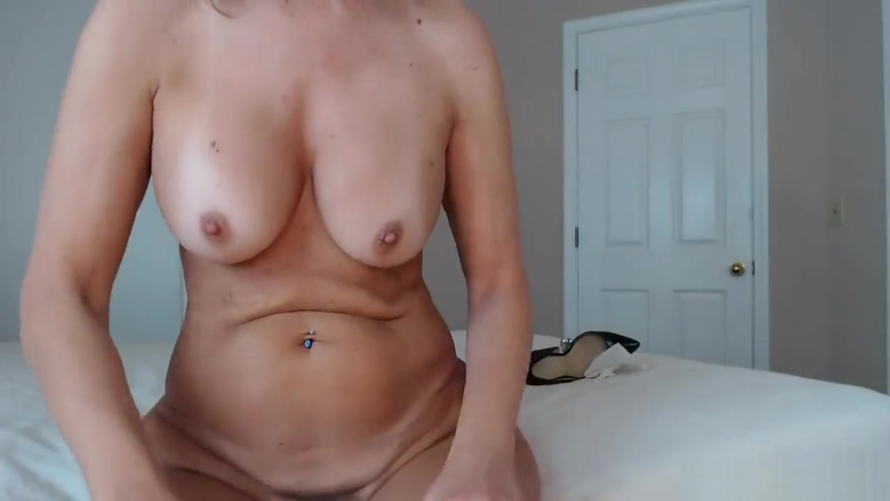 XXX Porn tube What is blow job in sex
