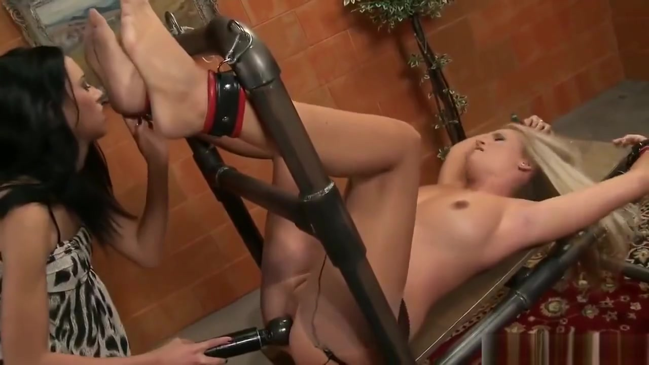 Roulette nude video