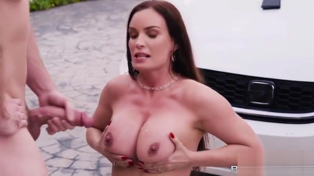 Porn Pics & Movies Big tit milf cumshot compilation