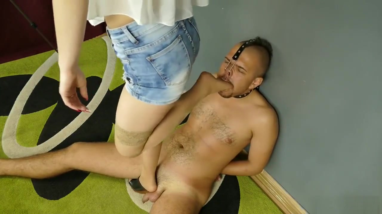 foot gagging, slave Playgirl charms dude with her anal riding