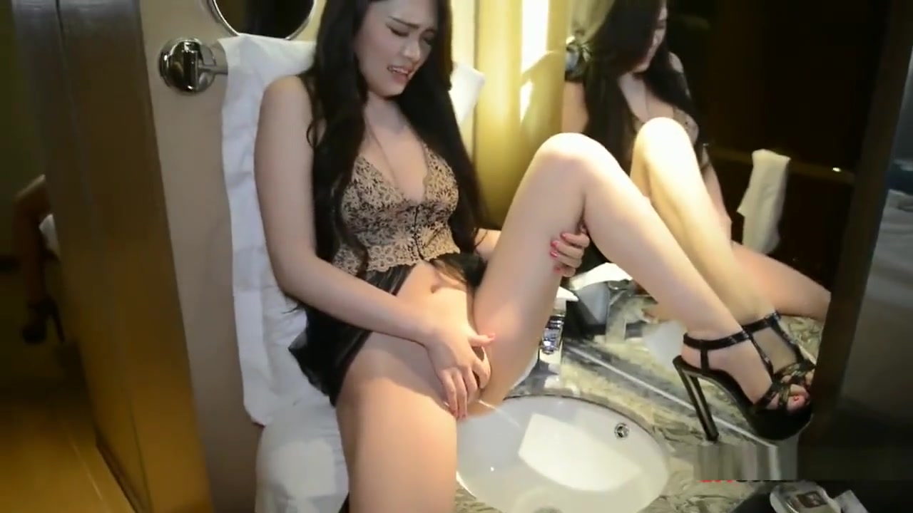 Chinese Model ???????? Coco perez nude naked