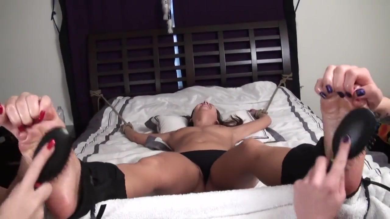 Sexs Girlfriend orgy lesbios