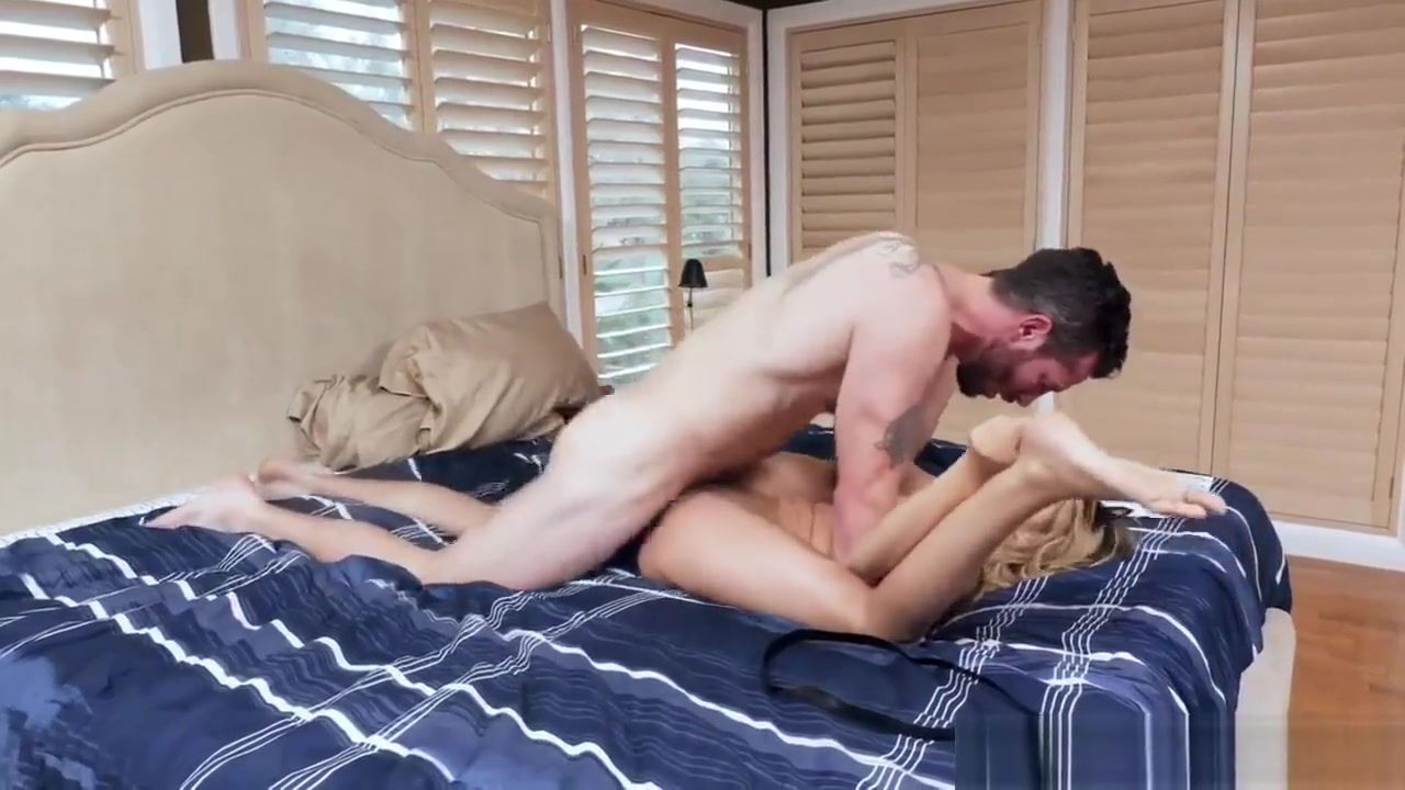 Naked Gallery W radio brozo online dating