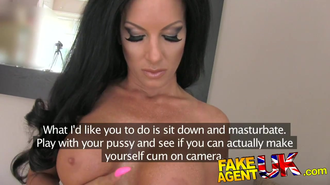 Hot Nude Mature wife loves bbc