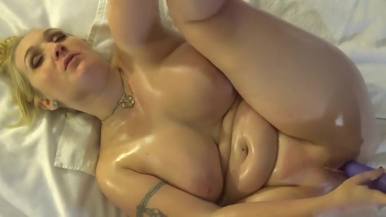 xXx Galleries Hot topless girls in jeans
