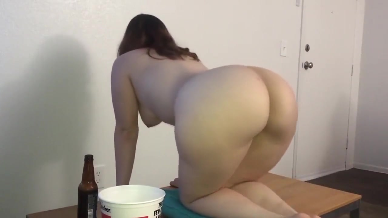 Nude gallery Student Of The Year Porn
