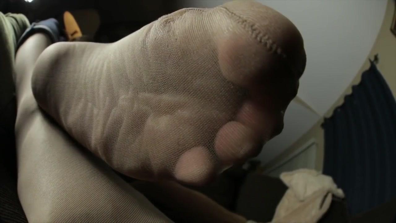 La Creme #7 Gyno toy inside of her amazing vagina