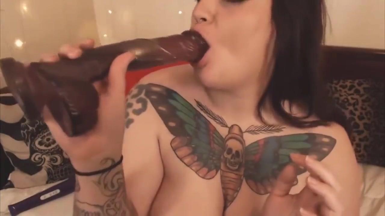 Best porno Mature nudist wet shirt