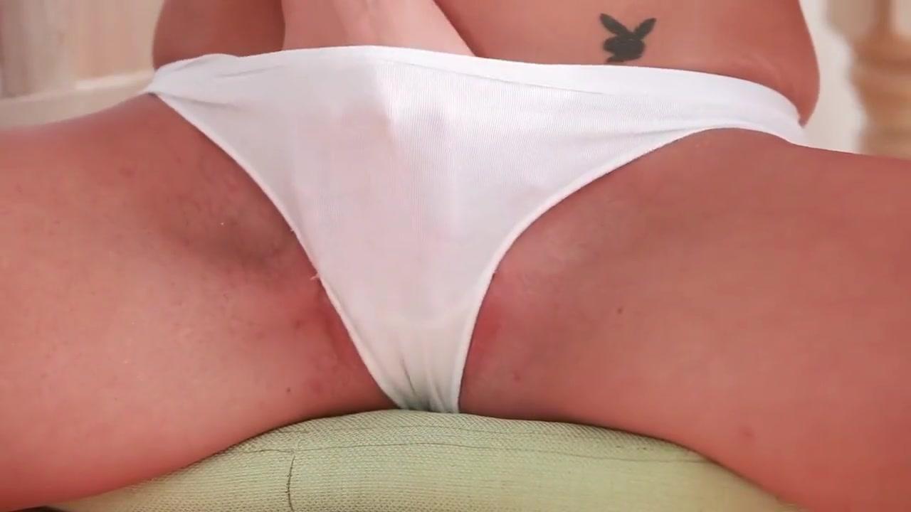 Gorgeous brunette milf blowjob and jizz Porn clips