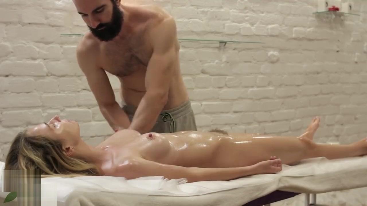 Porn galleries Die frau des zeitreisenden online dating