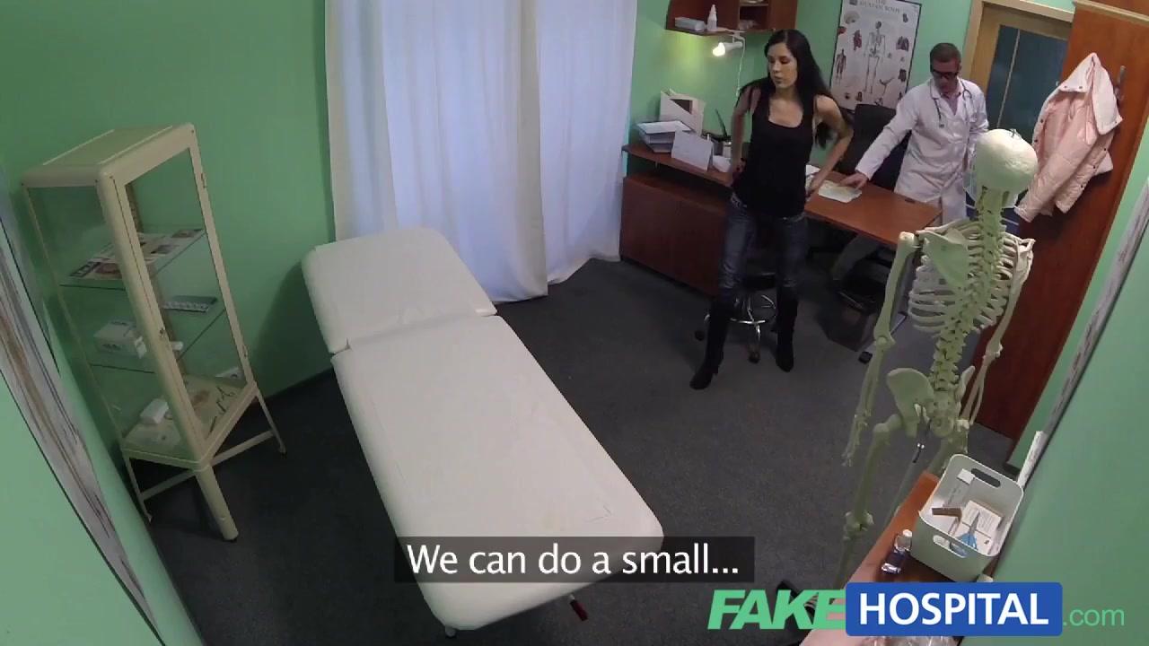 Nude 18+ Mature natural tits porn