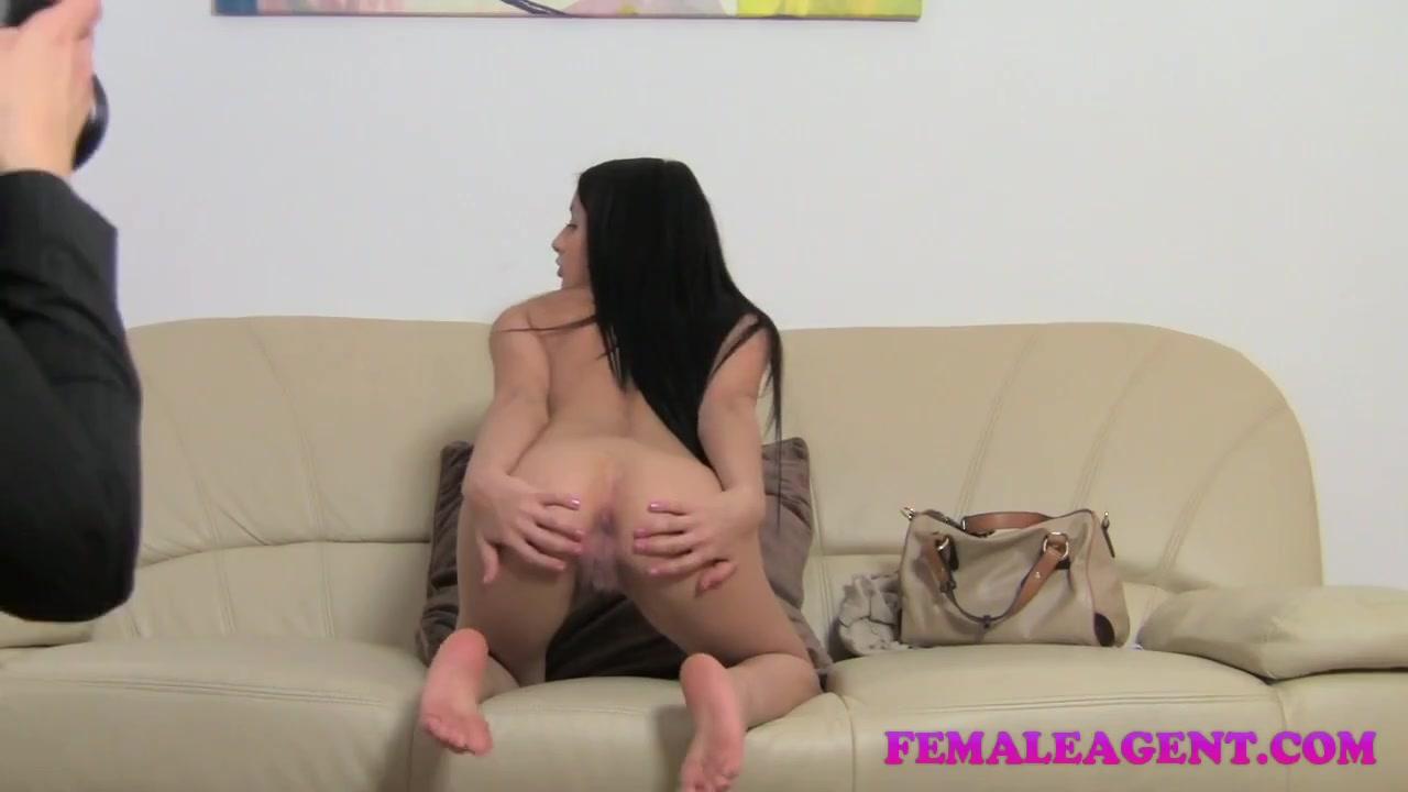 Squirting lesbien fuckd masturbate