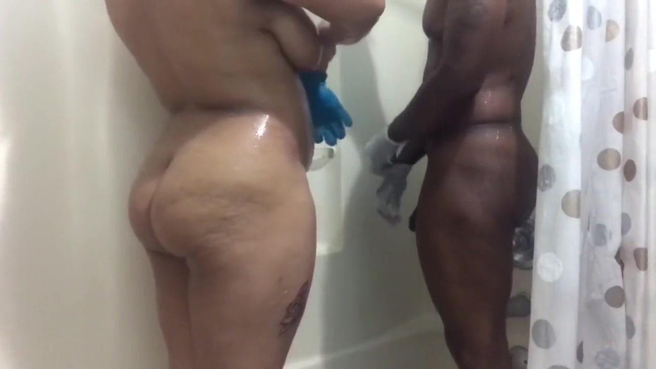 Free flashing porn pics Naked xXx Base pics