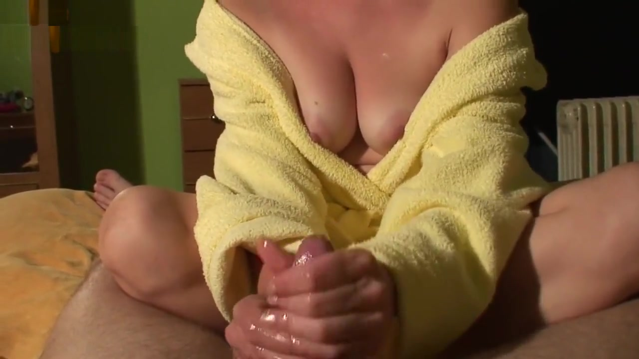 Sexy por pics Mature wife on vacation