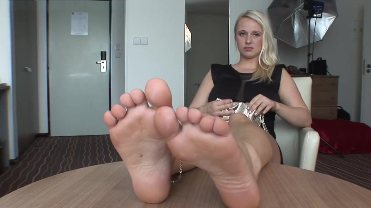 Lillith footjob sexy naked photos ppt