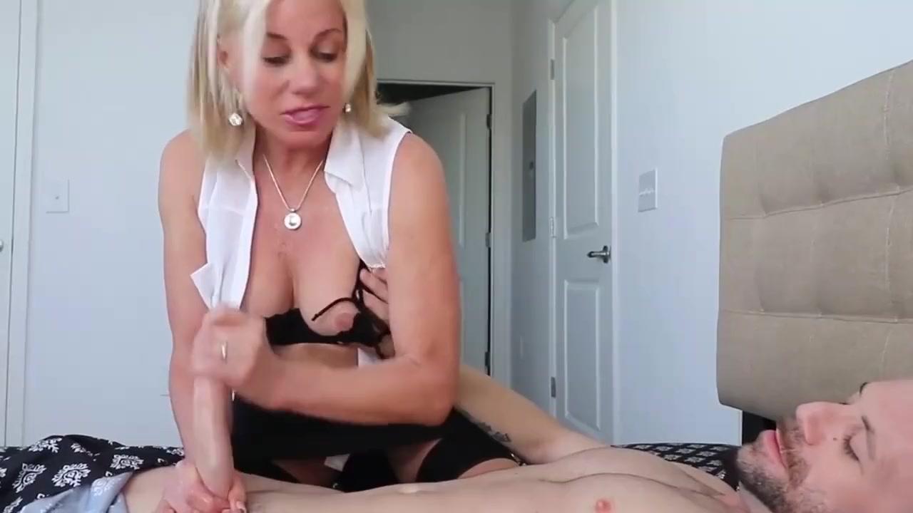 Porn clips Sexy pattycake bunny vs kitty