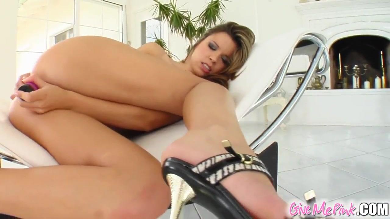 Free wet pussy pics Porn tube
