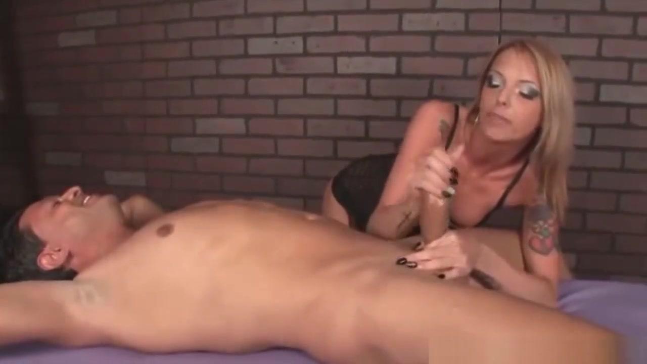 Porn clips Huge hanging tits