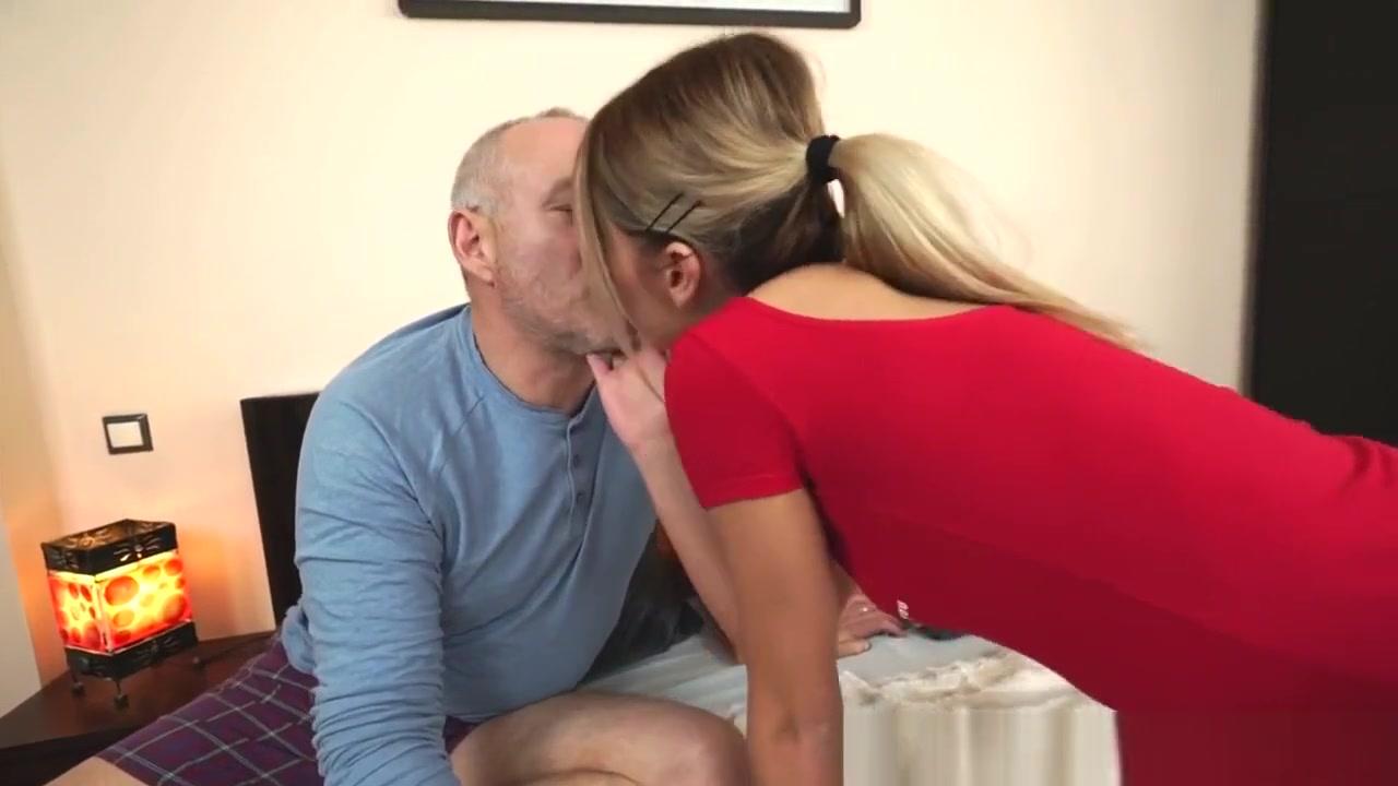 Porn Pics & Movies Long lips pics