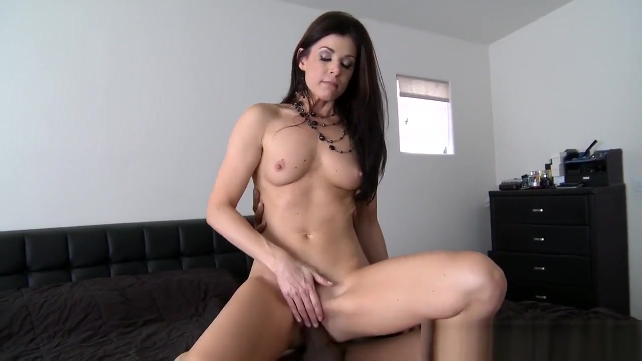 Porn FuckBook Mature amateur milf naked with toys