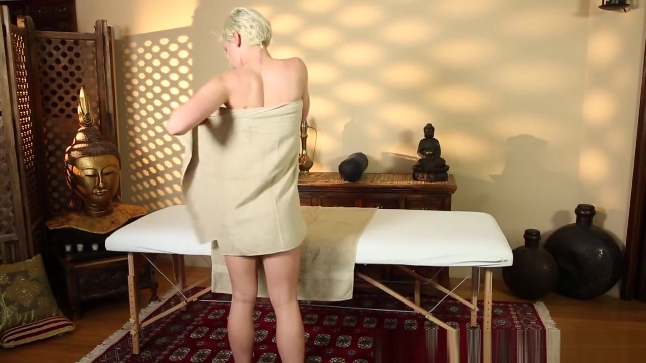 18+ Galleries Ladies in tights porn