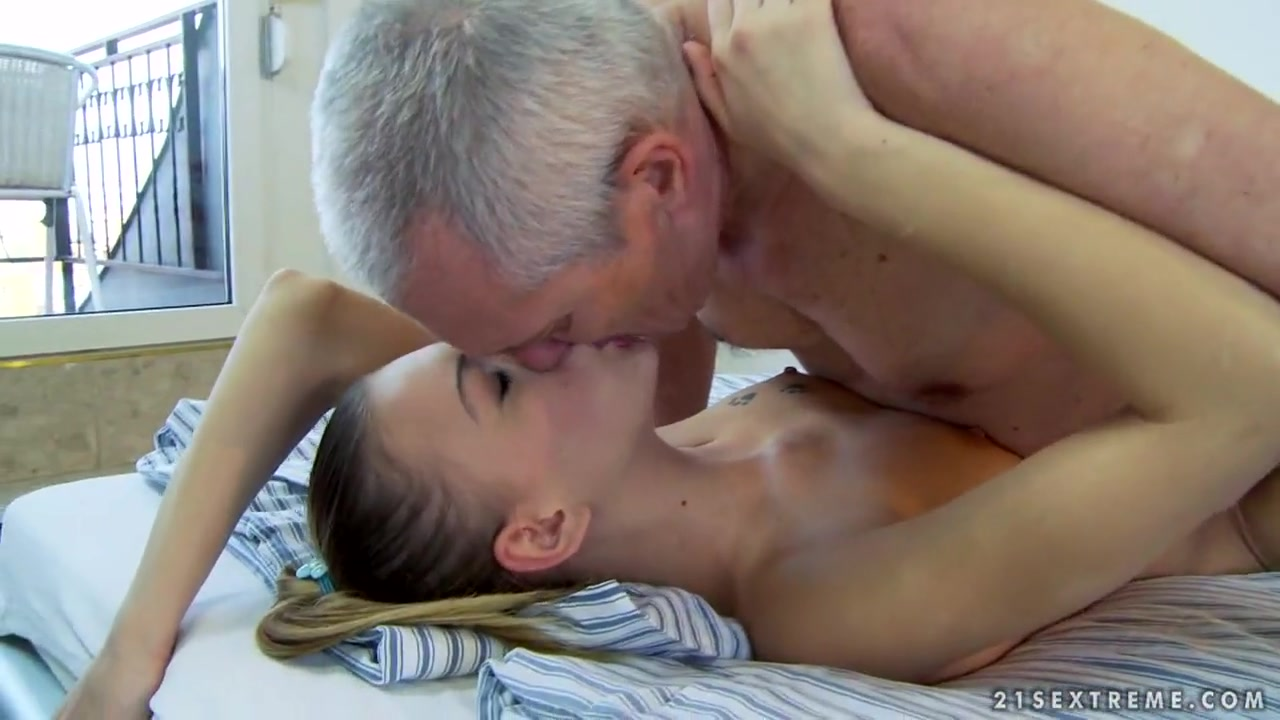 Porn archive Watching my husband suck cock