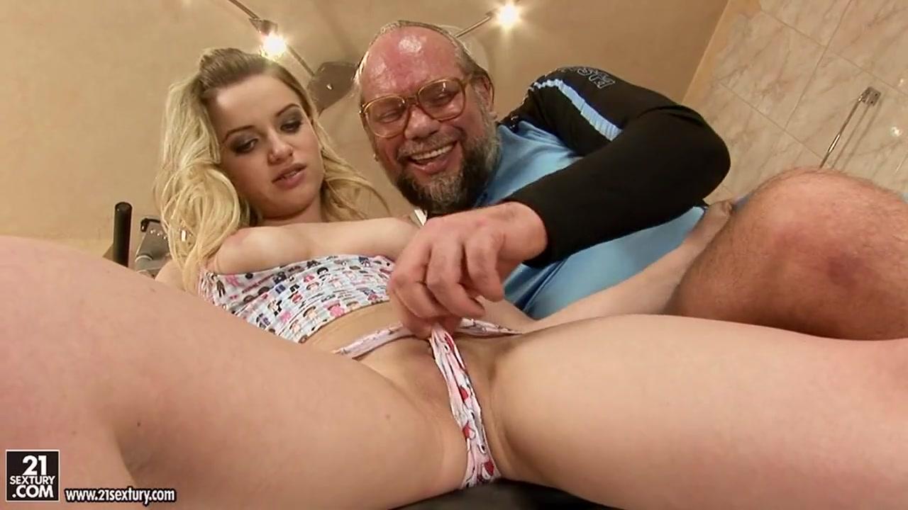 Ebony big natural tits masturbating Naked FuckBook