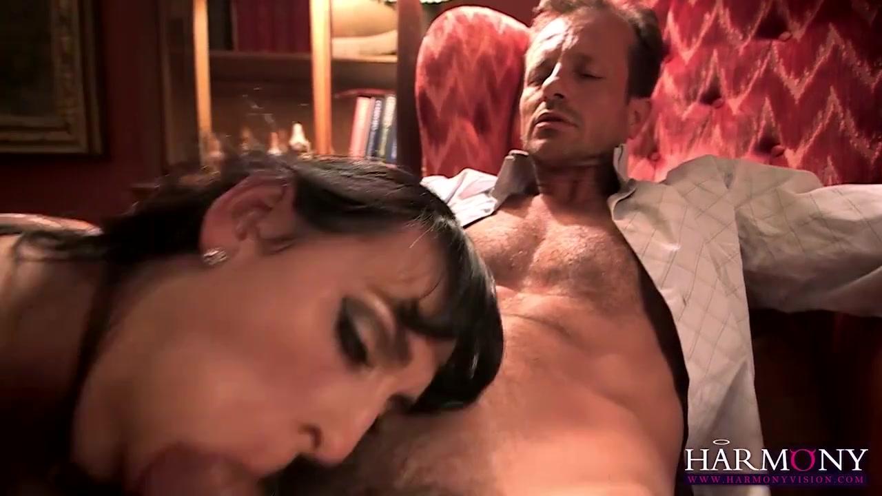 Porn galleries South indian actress in saree