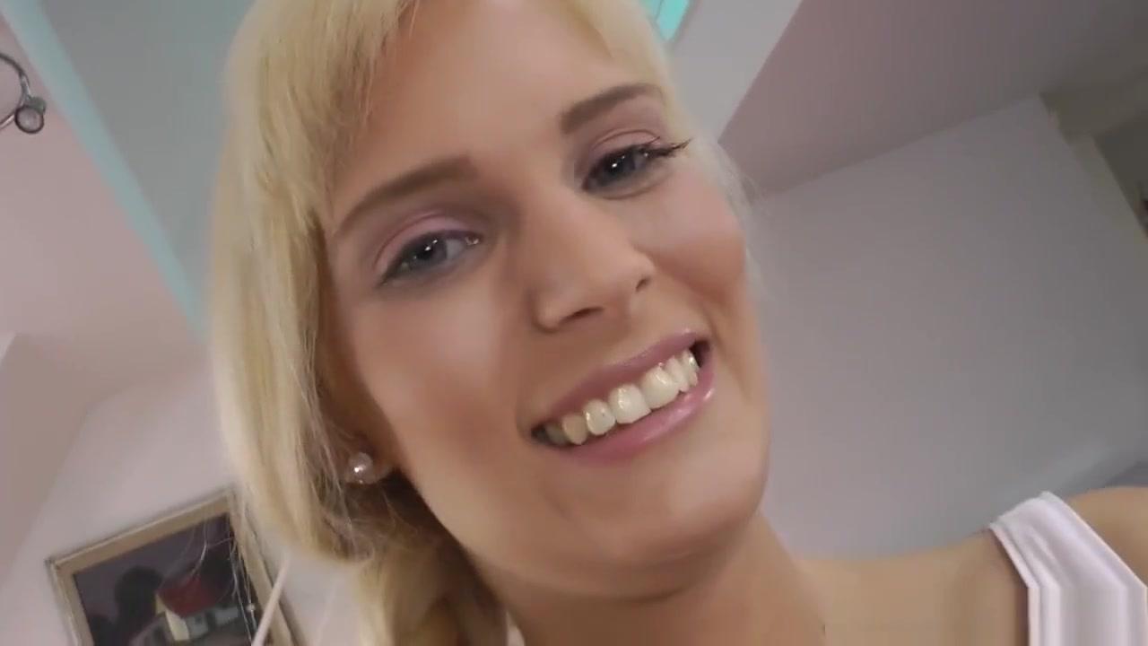 Solefuck her mature feet Adult Videos