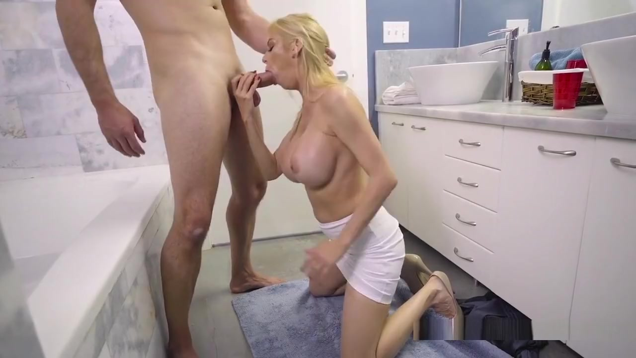 Skinny mature tits Pron Videos