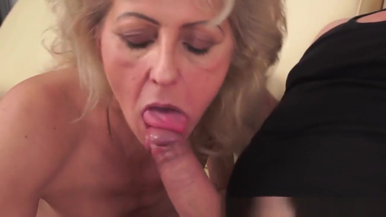 Sex photo Lesbian and her maid