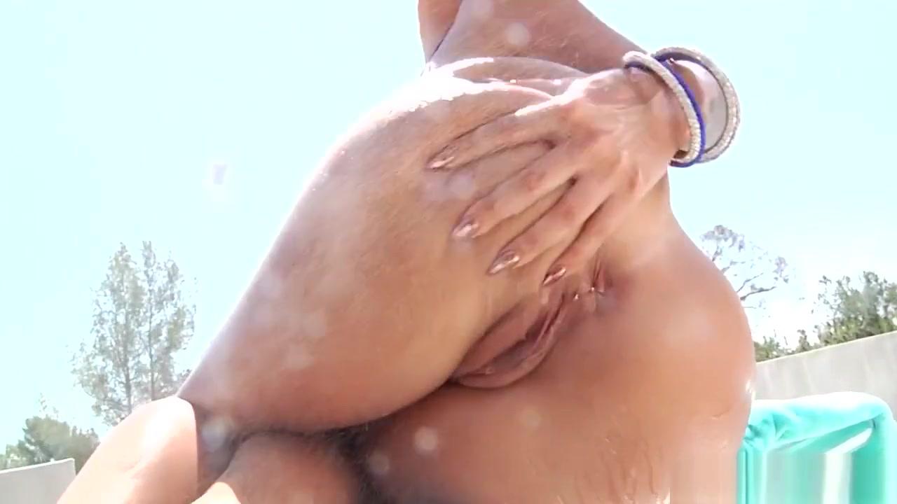 Hot porno Total divas jojo hookup randy orton