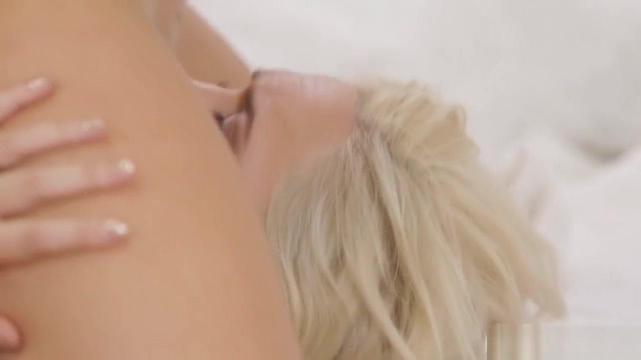 Lesbin naked Bondage sext