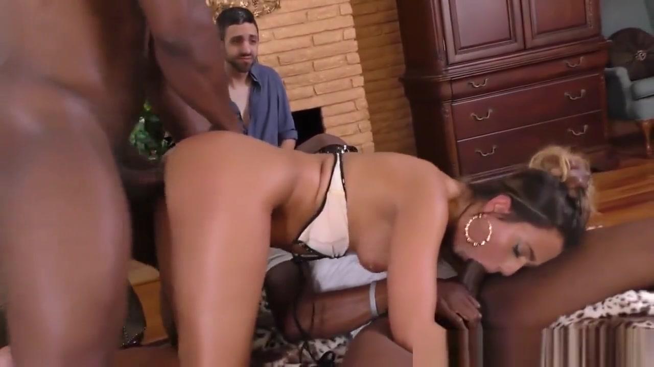 Femdom Cuckolding Babe Big tit sacked girls